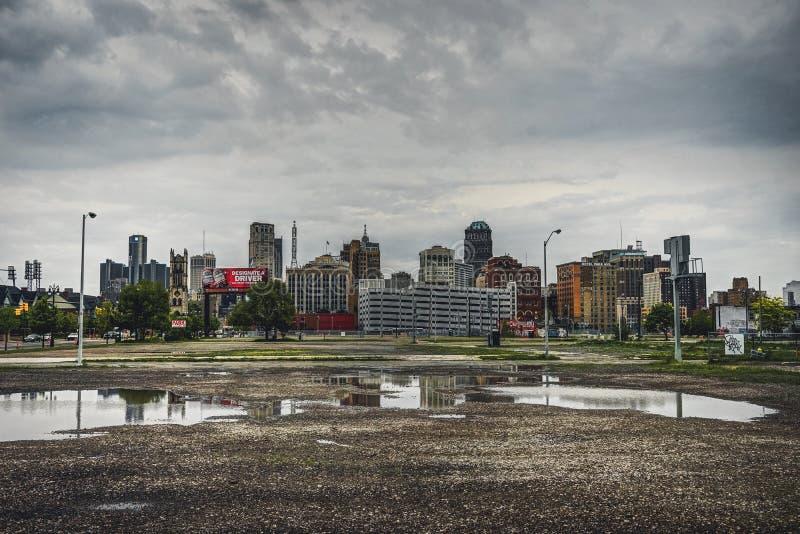 Detroit, Michigin, Estados Unidos - octubre de 2018: Vista de Detroit céntrica en Michigan los E.E.U.U. Detroit es la más grande  imagen de archivo libre de regalías