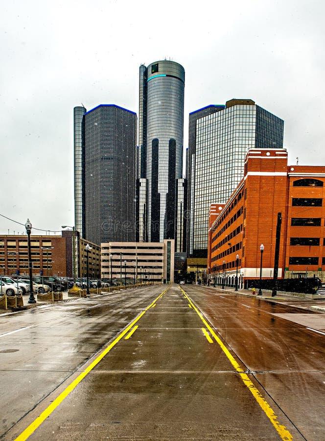 Detroit stad som är i stadens centrum under vinter arkivfoton