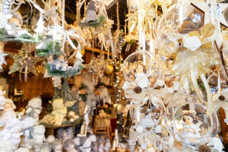 Dettagli del chiosco del mercato di Natale immagine stock