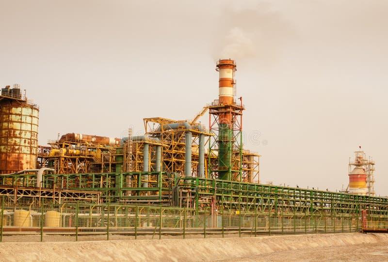Dettagli della costruzione dello stabilimento chimico immagini stock