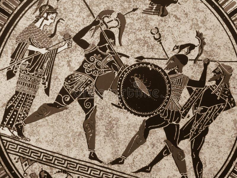 Dettaglio da una vecchia pittura greca storica sopra un piatto Eroi mitici e dei che combattono su  fotografia stock