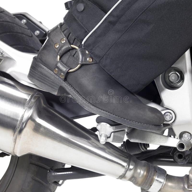 Dettaglio degli stivali del motociclista immagini stock libere da diritti