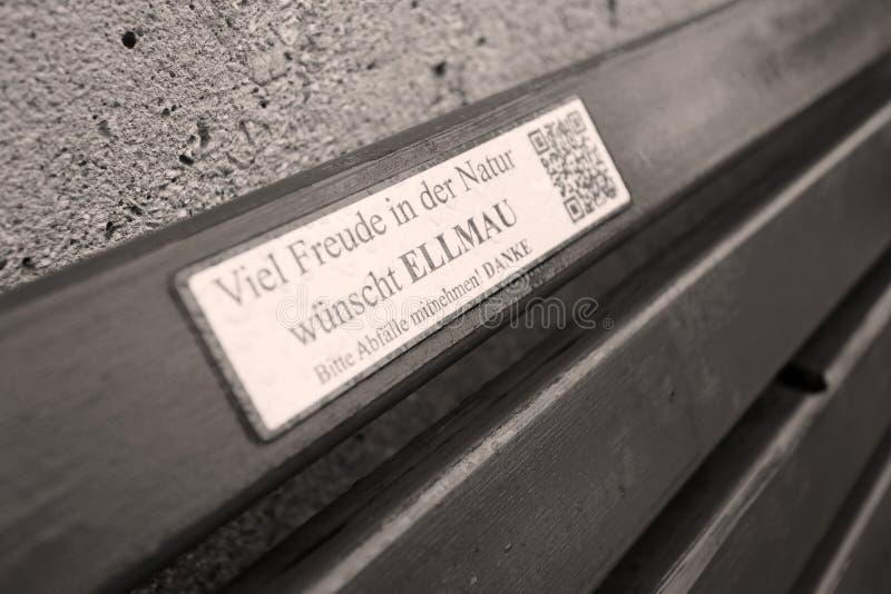 Dettaglio del banco in Ellmau, Austria fotografie stock