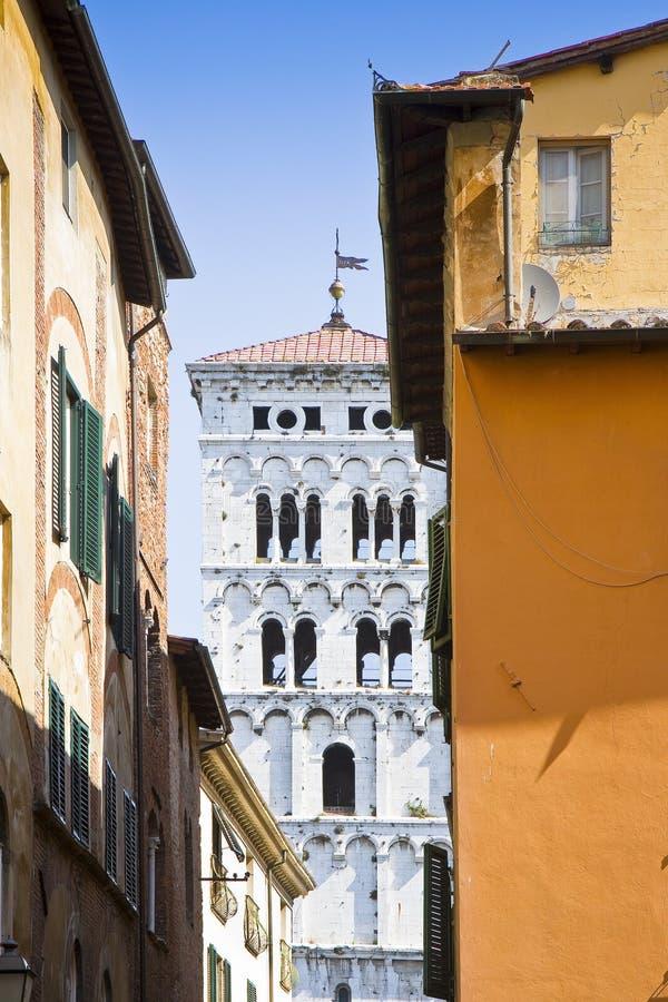 Dettaglio del campanile della cattedrale Italia-Tus di St Michael fotografie stock