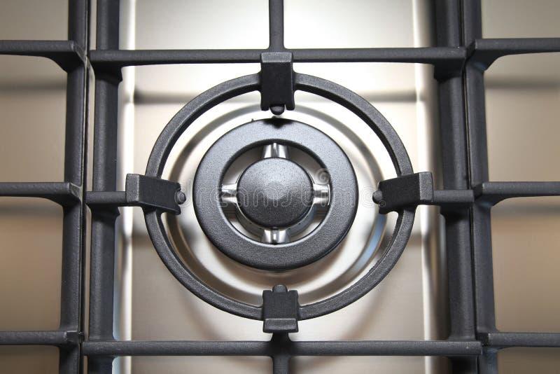 Dettaglio del fornello di gas moderno del metallo fotografia stock libera da diritti