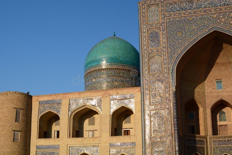 Dettaglio del madrasah dell'MIR-io-arabo Complesso Po-io-Kalyan buchara uzbekistan immagine stock