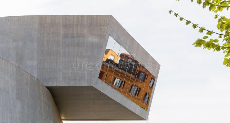 Dettaglio del museo di Maxxi a Roma immagini stock libere da diritti