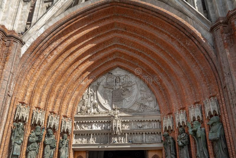 Dettaglio dell'entrata della cattedrale di La Plata - provincia di La Plata, Buenos Aires, Argentina immagine stock libera da diritti