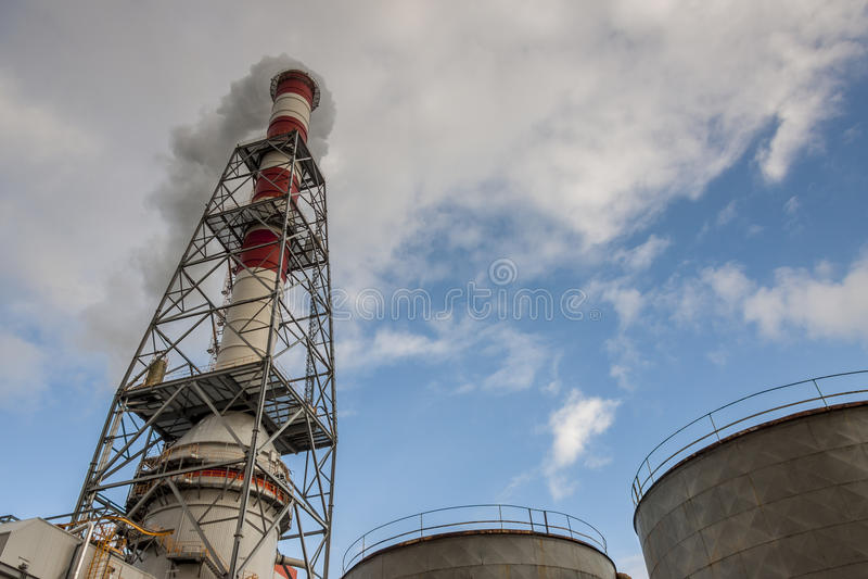 Dettaglio della centrale elettrica del carbone fotografie stock