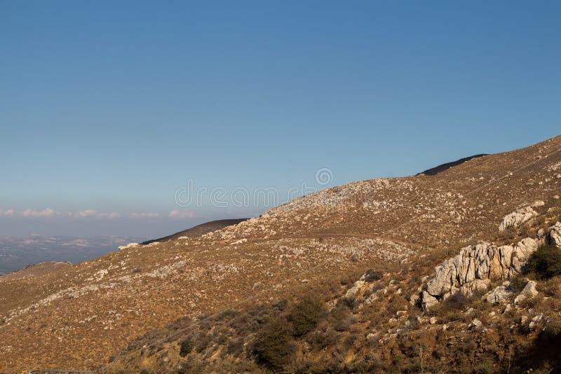 Dettaglio della montagna e un cielo, Creta, Grecia immagini stock
