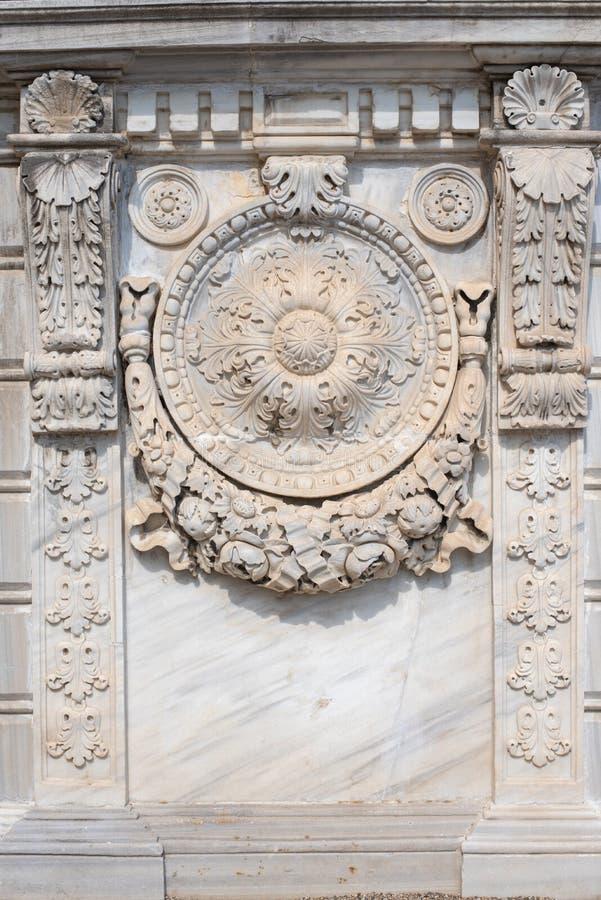 Dettaglio della parete del palazzo di Dolmabahce immagine stock libera da diritti