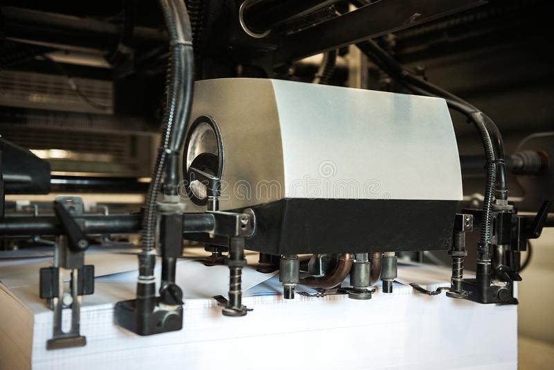 Dettaglio della stampatrice dei rulli in offset fotografia stock libera da diritti