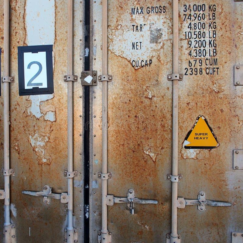 Dettaglio delle porte, container arrugginito fotografia stock libera da diritti