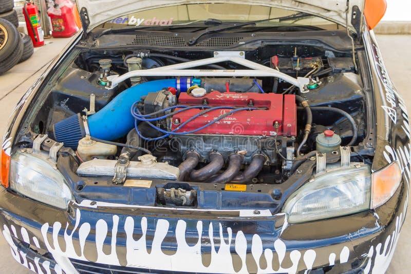 Download Dettaglio Delle Vetture Da Corsa E Parte Del Motore Di Automobile Fotografia Stock Editoriale - Immagine di speedway, macchina: 55359873