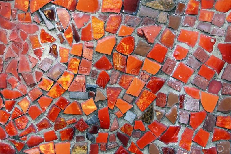 Dettaglio di bello vecchio mosaico ceramico astratto di sbriciolatura fotografia stock
