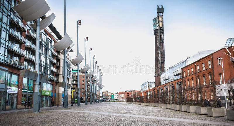 Dettaglio di costruzione moderno di architettura di nuovo quadrato di Smithfield a Dublino fotografia stock libera da diritti