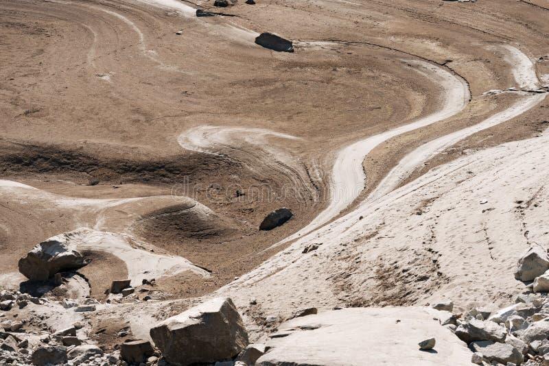Dettaglio di un lago asciutto - concetto di siccità immagini stock