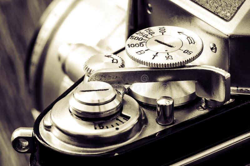 Dettaglio di vecchia macchina fotografica classica nello stile d'annata fotografia stock