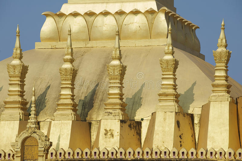 Dettaglio esteriore del Pha che stupa di Luang a Vientiane, Laos immagini stock libere da diritti