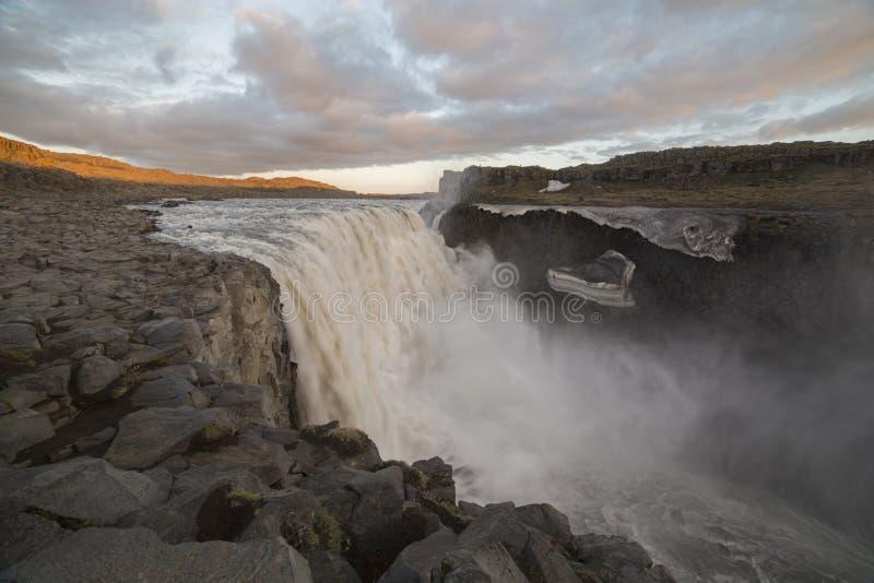 Dettifoss vattenfall royaltyfri bild
