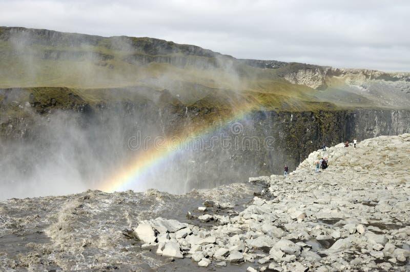Dettifoss Wasserfallregenbogen, Island. lizenzfreie stockbilder