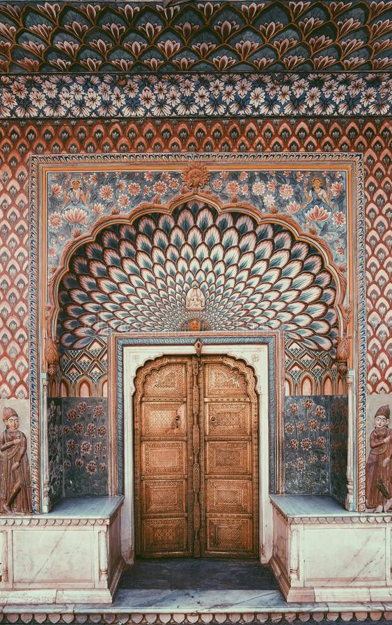 Deur bij Stadspaleis in Jaipur royalty-vrije stock afbeelding