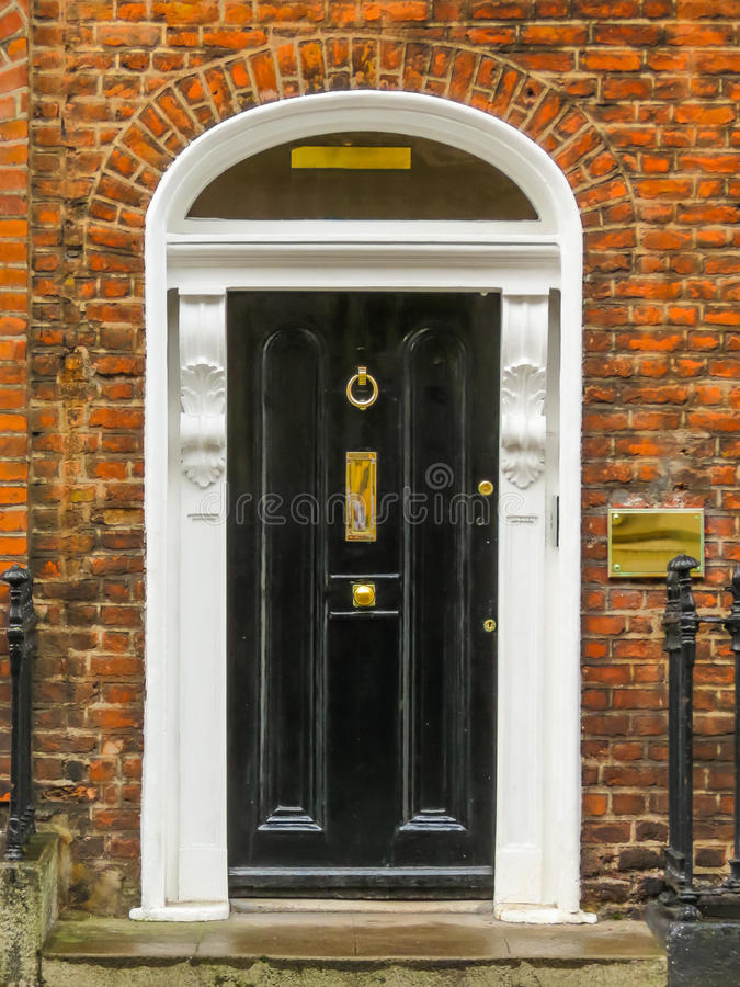 Deur in het Georgische huis van Dublin stock afbeelding
