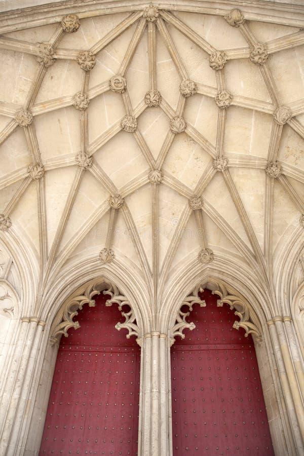 Deur van de Kathedraalkerk van Winchester stock afbeeldingen
