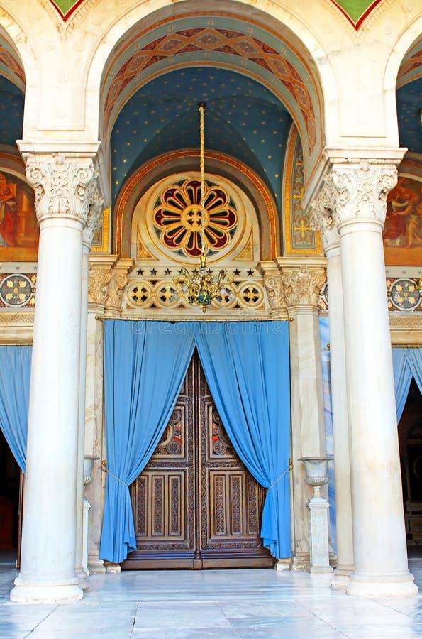 Deur van de Metropolitaanse Kathedraal van Athene, Griekenland royalty-vrije stock foto