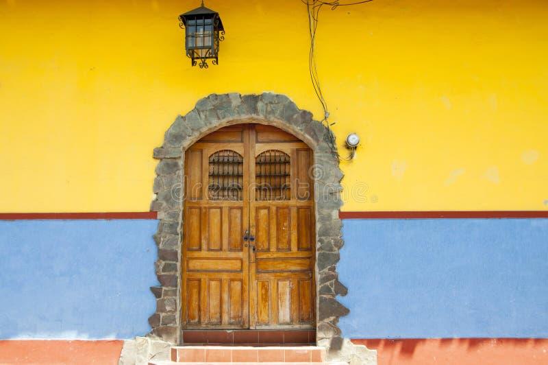 Deur van Granada stock foto's