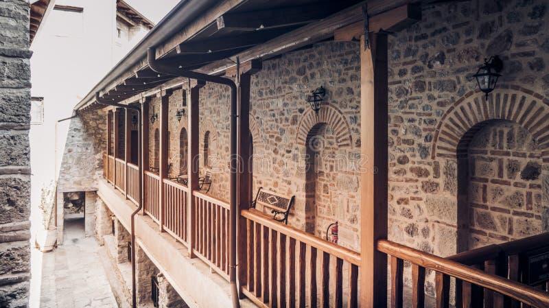 Deuren en binnenlandse mening van Klooster van Varlaam, Meteora royalty-vrije stock foto