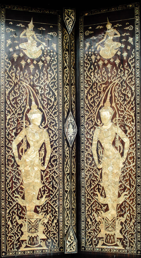 Download Deurontwerpen Thailand stock foto. Afbeelding bestaande uit kerk - 39118400