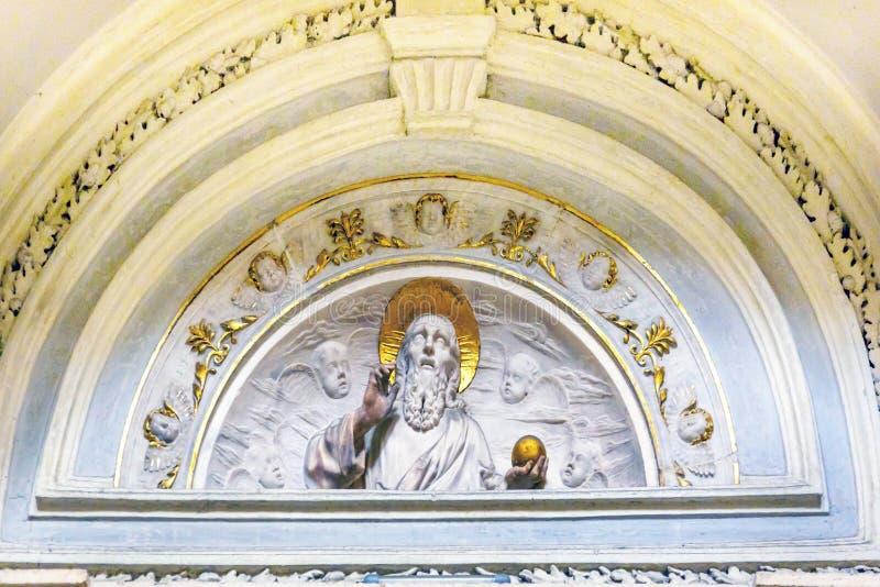 Deus branco Santa Maria Della Pace Church Basilica Rome Itália imagens de stock