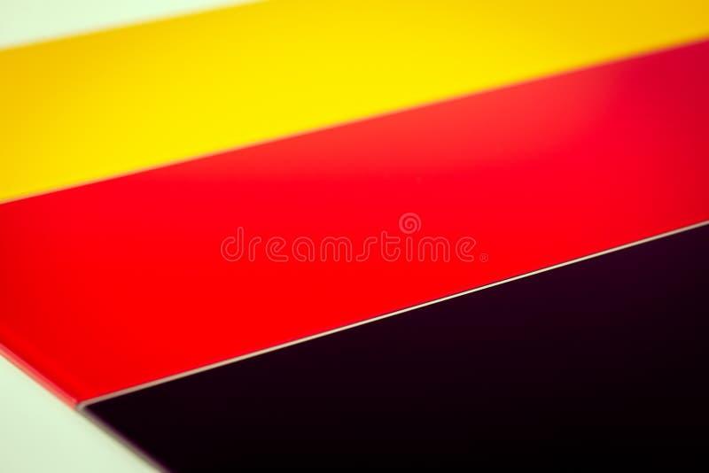 Deutsche Flagge bestanden aus Stücken farbigem Glas lizenzfreies stockfoto