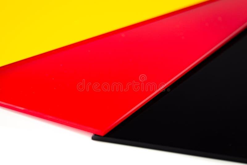 Deutsche Flagge bestanden aus Stücken farbigem Glas lizenzfreie stockbilder