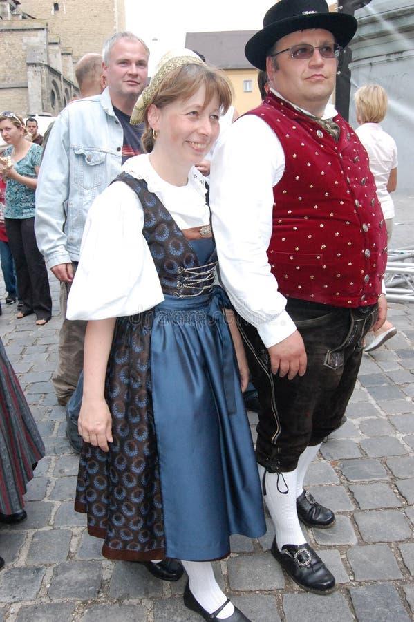 Deutsche traditionelle Kostüme lizenzfreie stockbilder