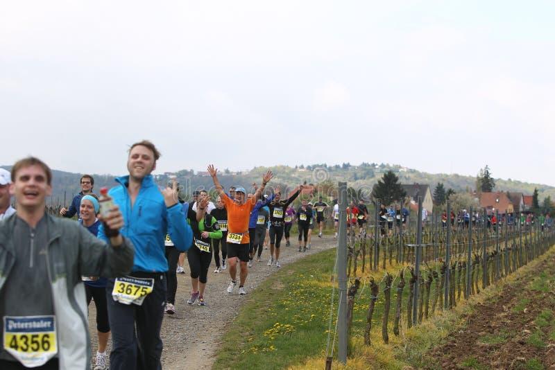 deutschemaratonweinstrasse arkivfoton