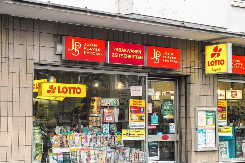 Deutscher Kiosk lizenzfreies stockbild
