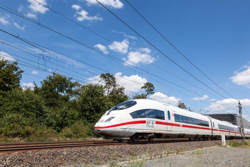 Deutsches Hochgeschwindigkeitszug EIS lizenzfreie stockfotos