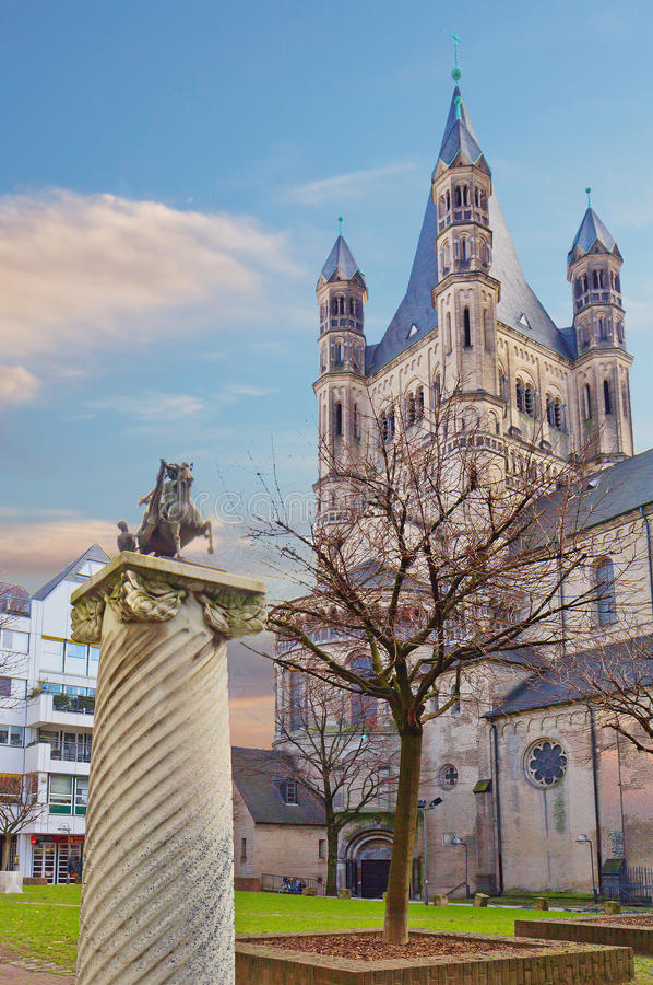 deutschland köln Die Kirche von Str stockbild