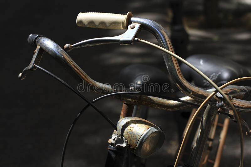 Download Deux bicyclettes photo stock. Image du outside, guidons - 56483206