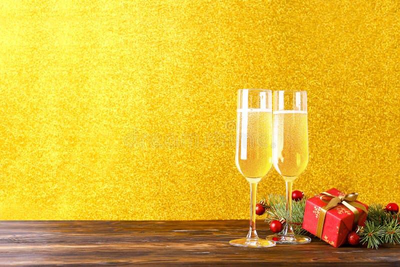 Deux boissons pour le concept de bonne année images stock