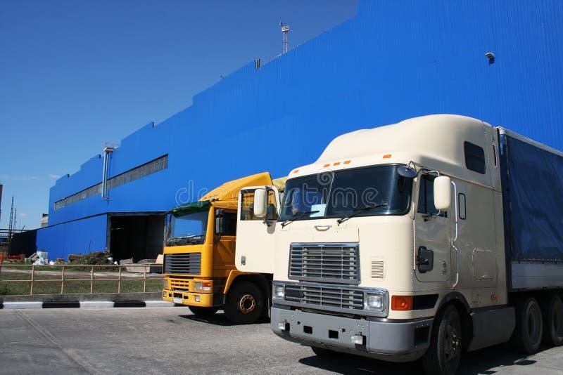 Deux camions puissants photo libre de droits