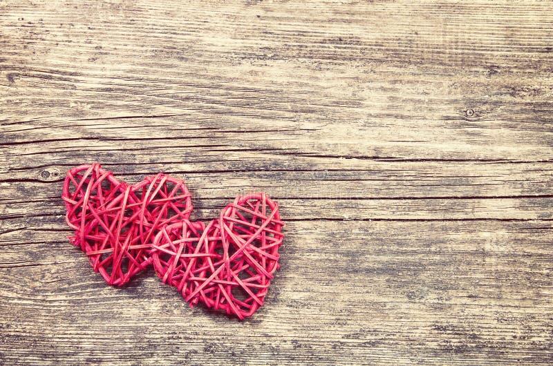 Deux coeurs rouges photo stock