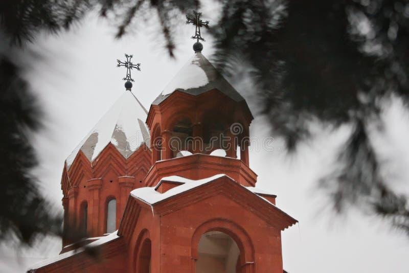 Deux dômes de l'église apostolique arménienne image libre de droits