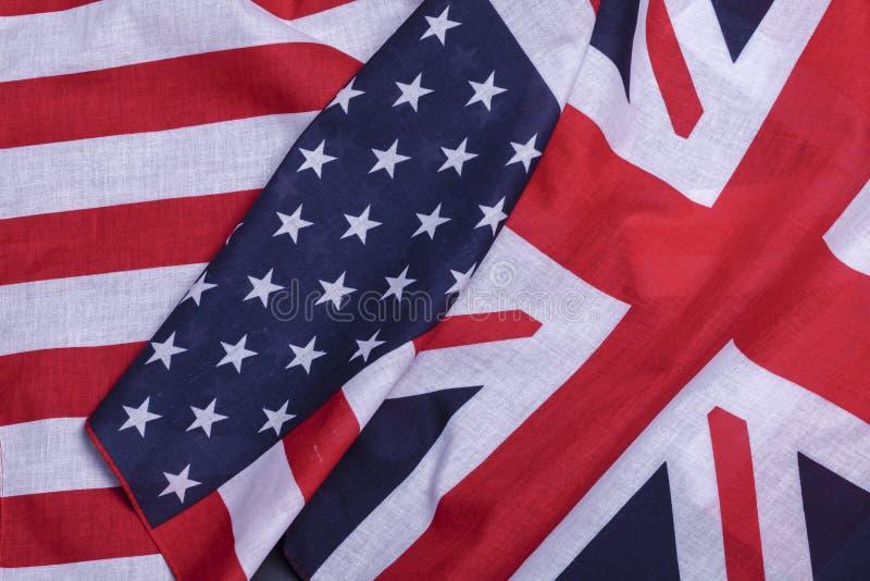 Deux drapeaux américains et britanniques photos libres de droits