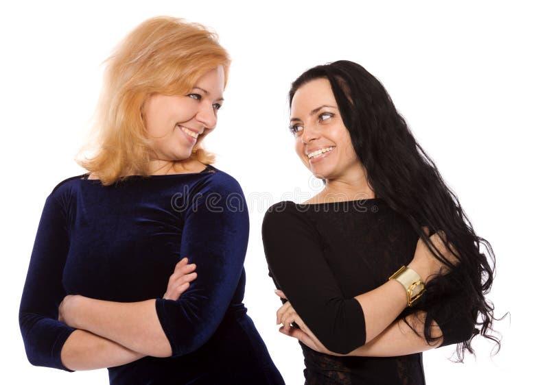 Deux femmes heureuses images stock