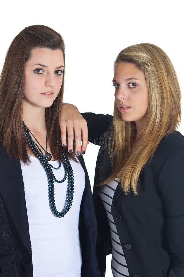 Deux filles teenaged de jeunes affaires européennes photos libres de droits