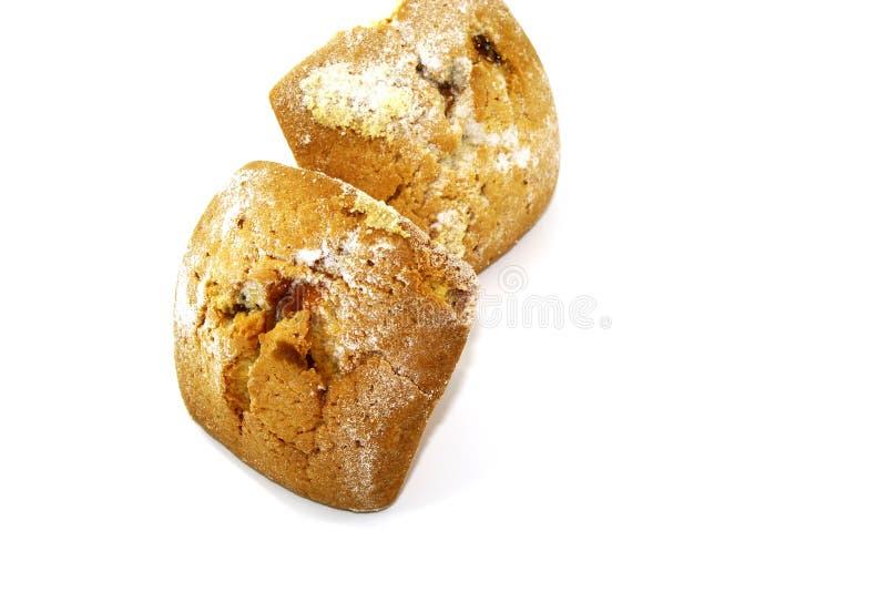 Deux gâteaux doux avec les raisins secs et la poudre blanche photo libre de droits