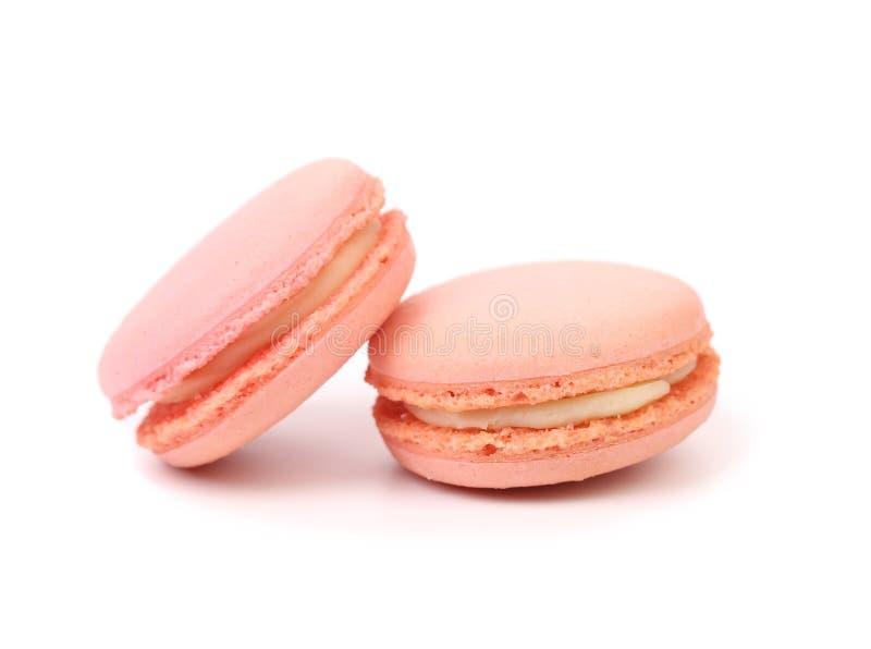 Deux gâteaux roses de macaron. images libres de droits
